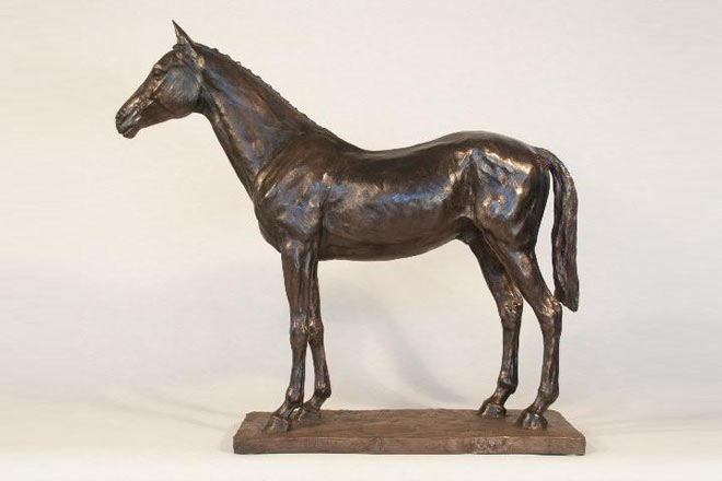 Thoroughbred Study : A sculpture by Kate Woodlock