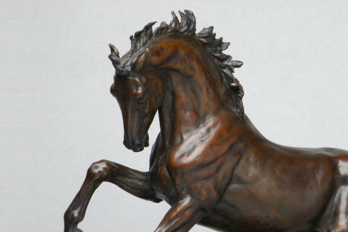 Small Horse I - Image 2 : A study in foundry bronze by Kate Woodlock