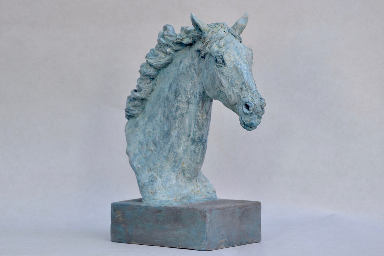 Horse Head VIII - Image 2 : A study in patinated bronze jesmonite by Kate Woodlock