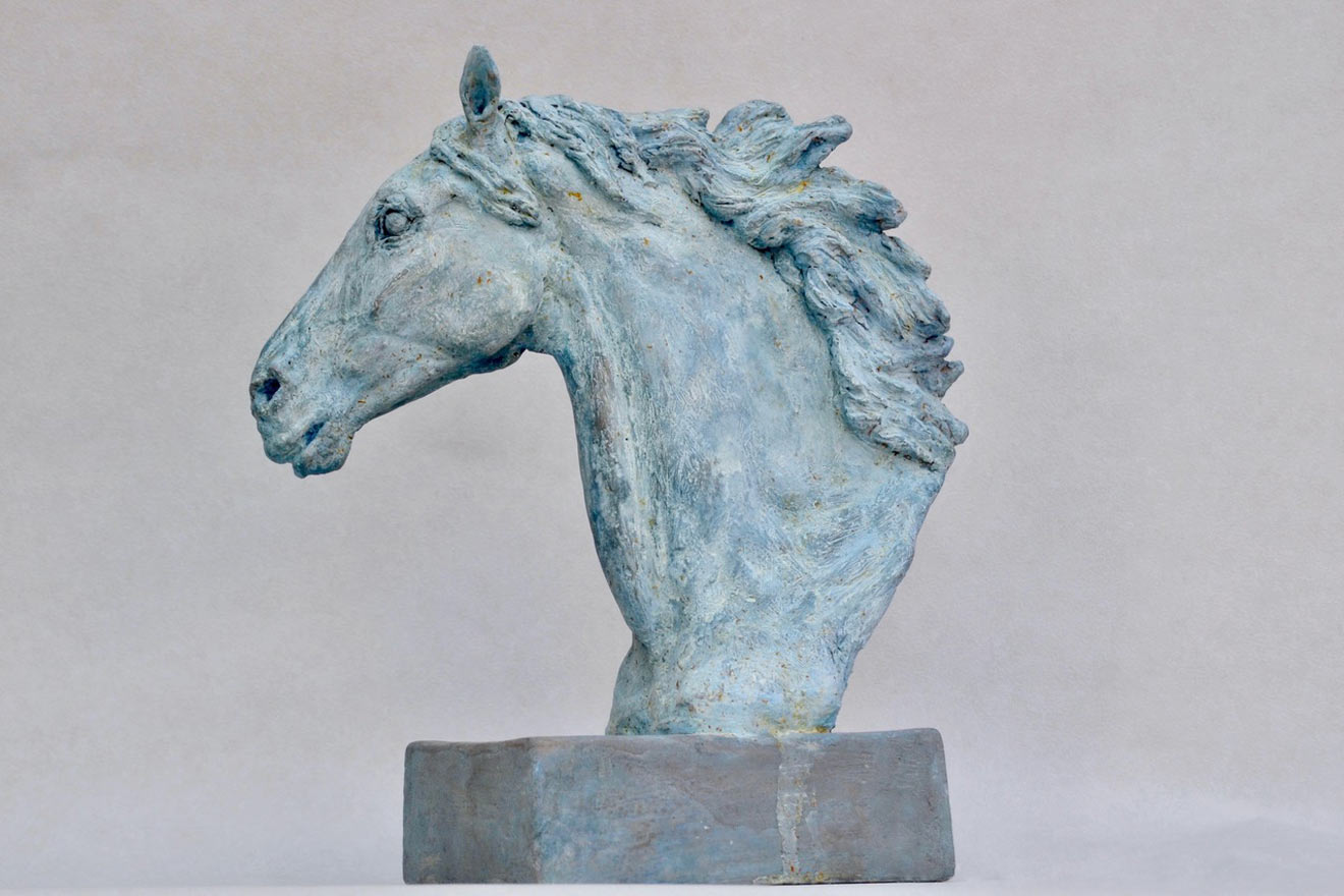 Horse Head VIII - Image 3 : A study in patinated bronze jesmonite by Kate Woodlock