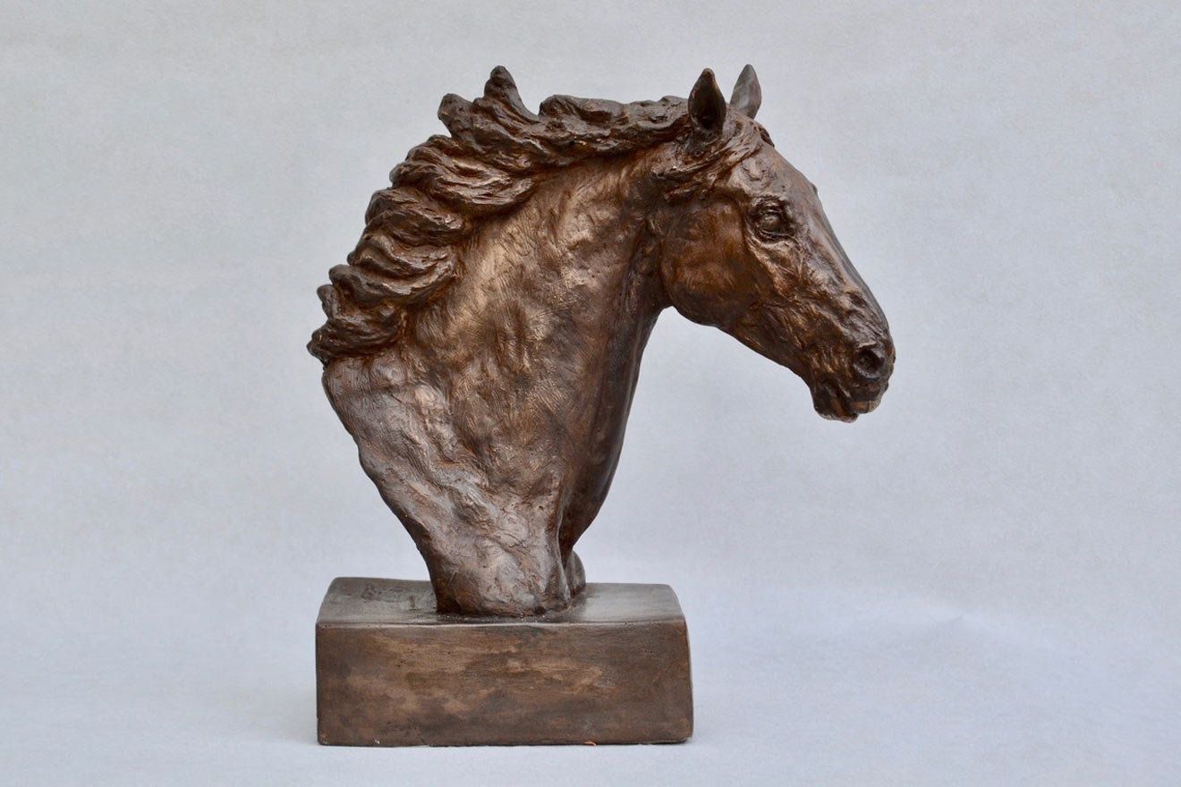Horse Head VIII - Image 1 : A study in bronze jesmonite by Kate Woodlock