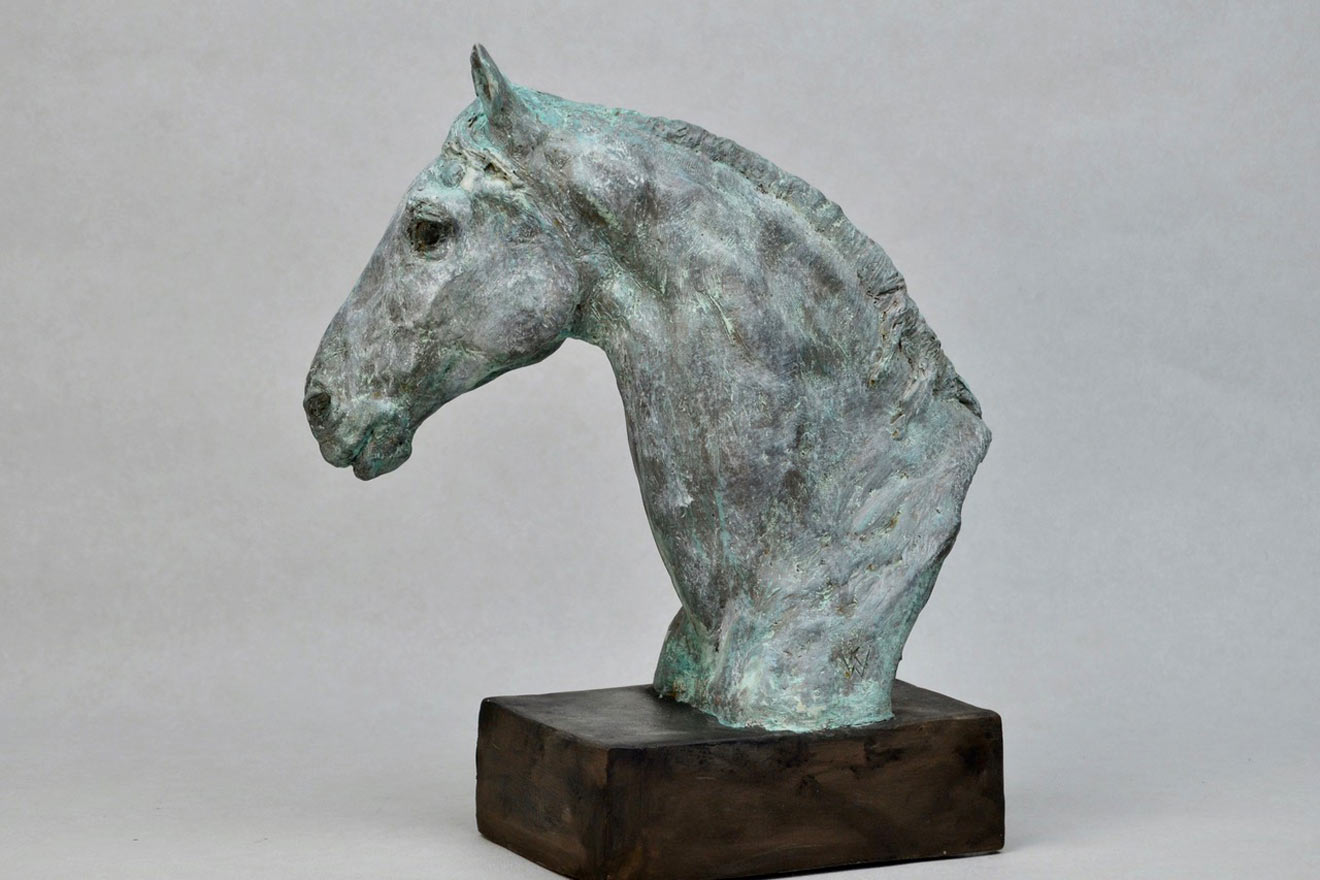 Horse Head IX - Image 3 : A study in patinated bronze jesmonite by Kate Woodlock