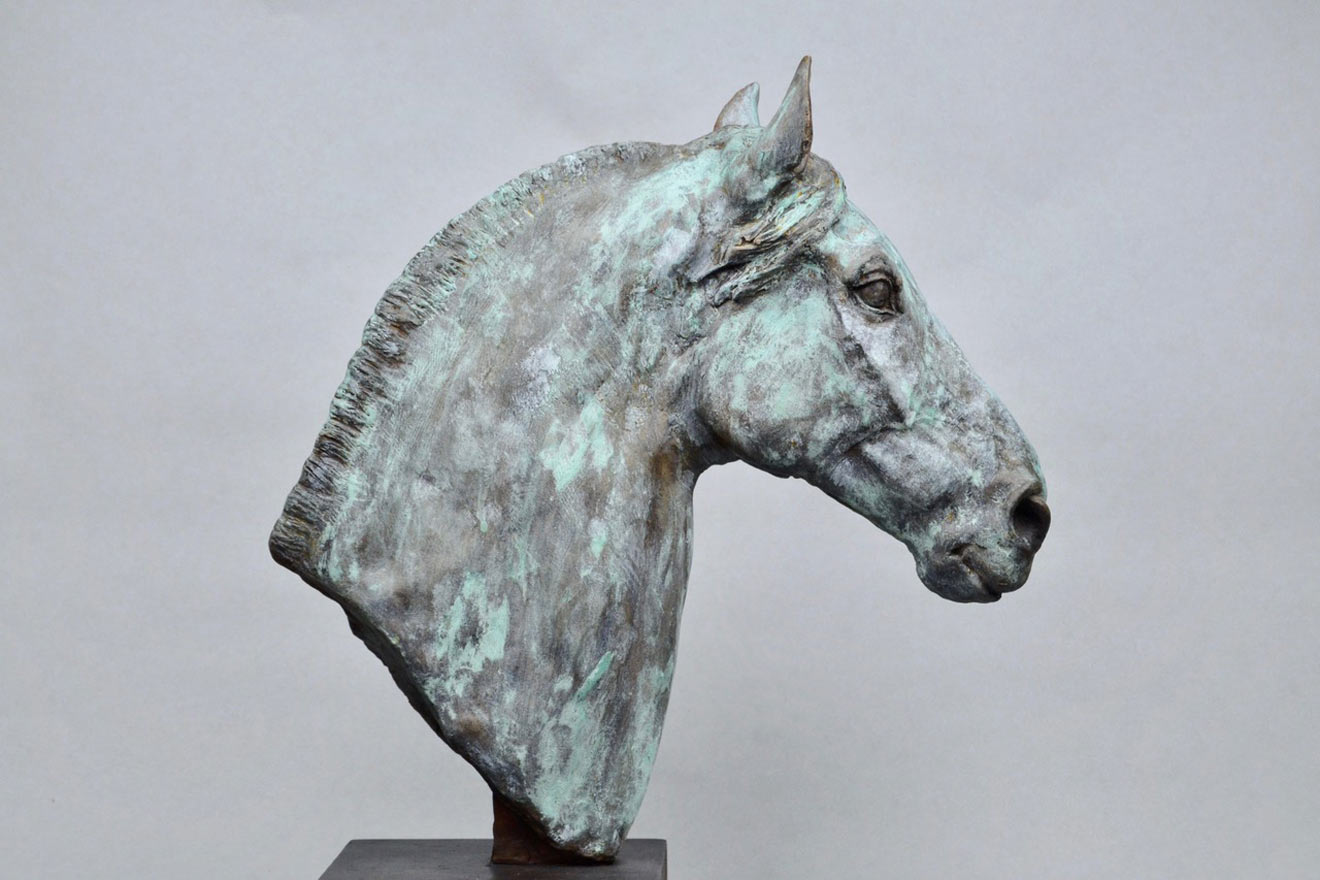 Horse Head V - Image 1 : A study in patinated bronze jesmonite by Kate Woodlock